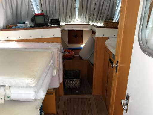 Bertram yacht Bertram yacht 31