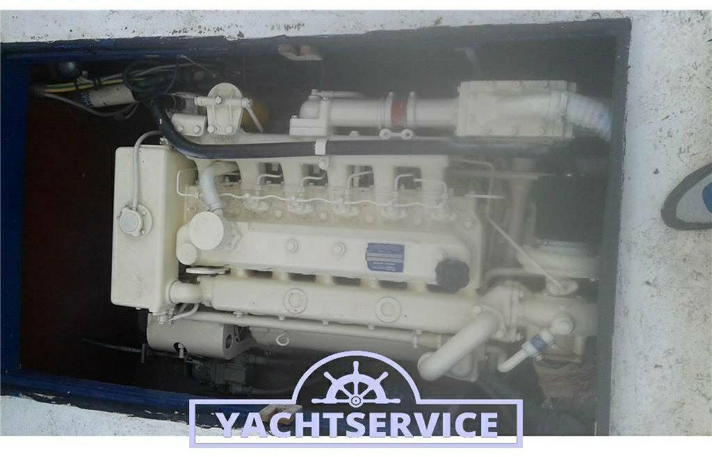 Cantiere-navale-d-abruzzo Barca da pesca con licenza 1 gt - Fotos Motor 1