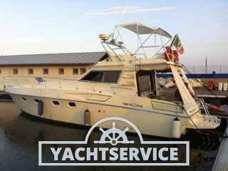 Ferretti Yachts Altura 38 fly
