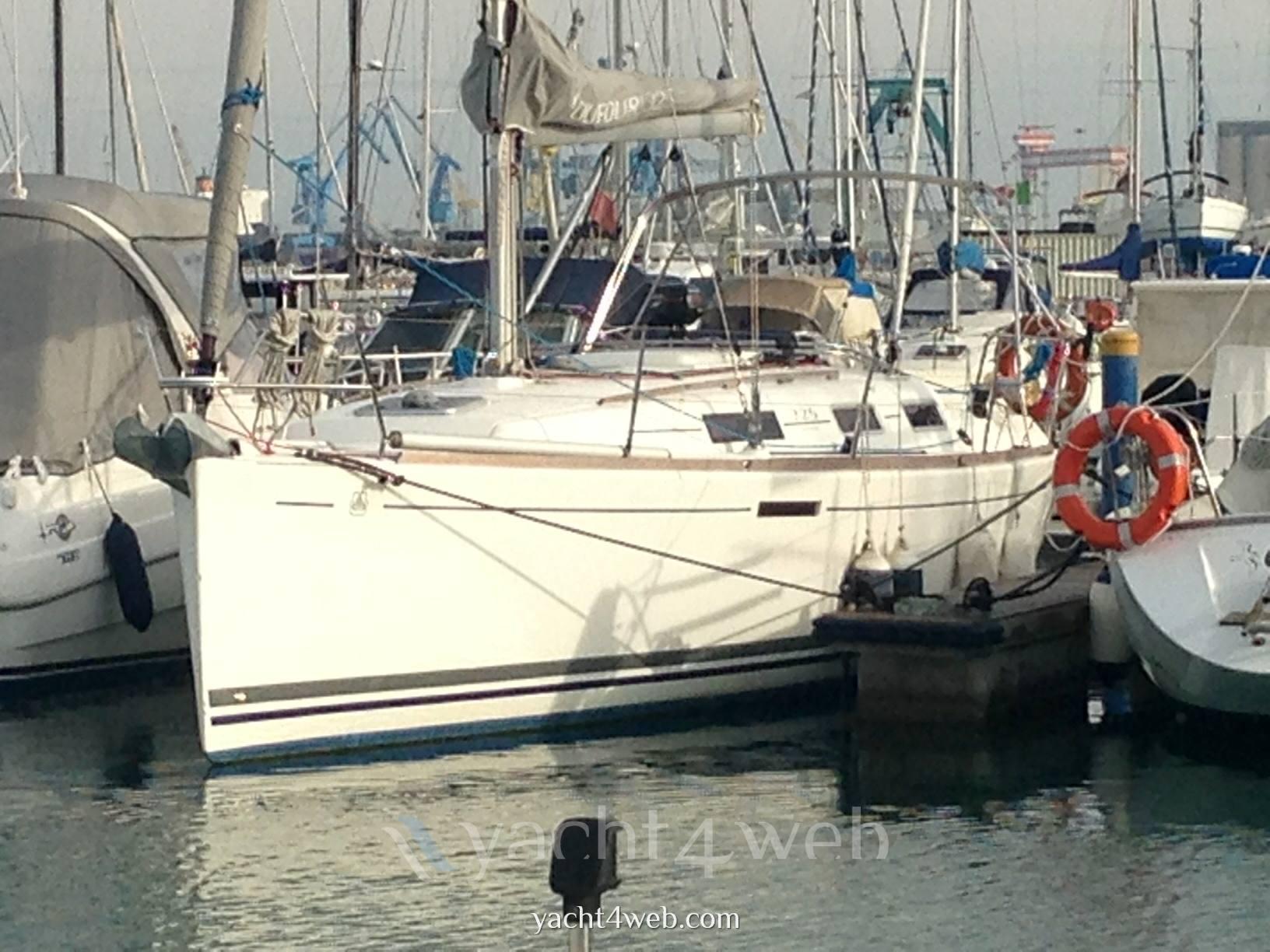 Fotografie e immagini dufour yachts 325 grand 39 large foto for Disegni di cabina di log gratuiti