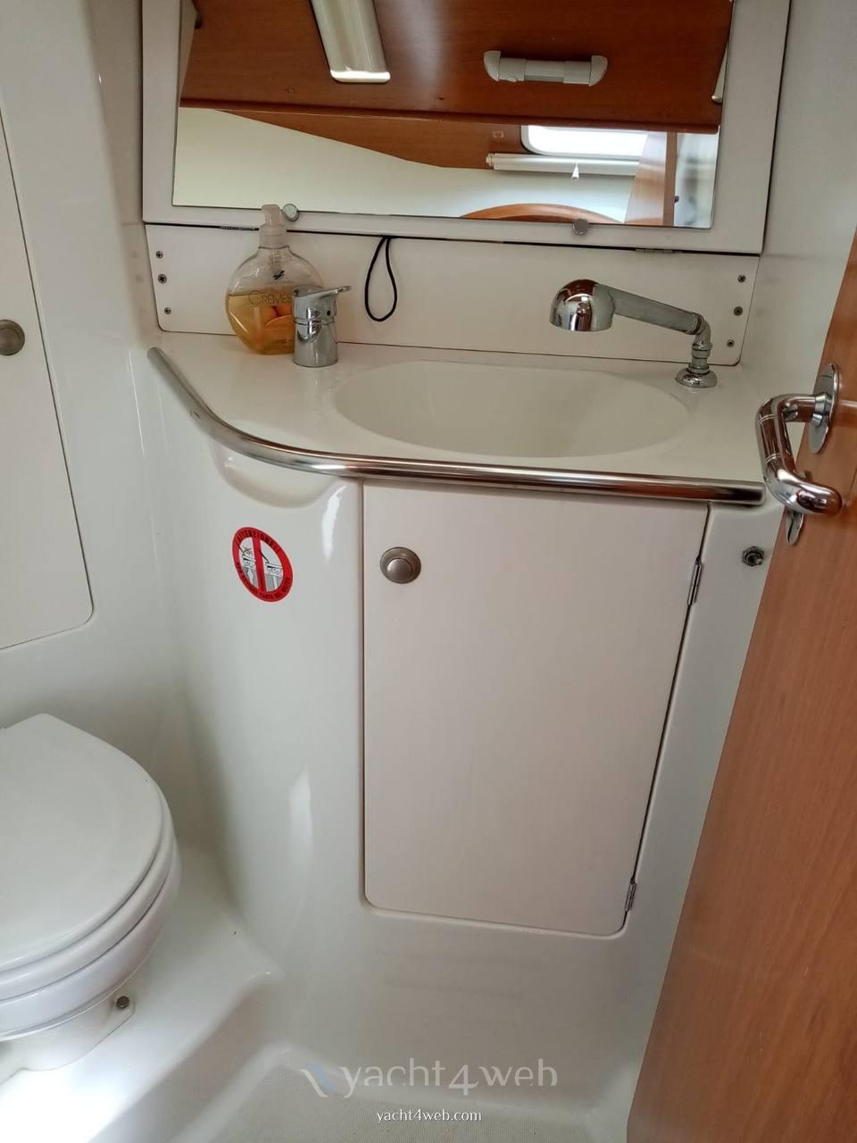 Jeanneau Sun fast 35 Hygienic service