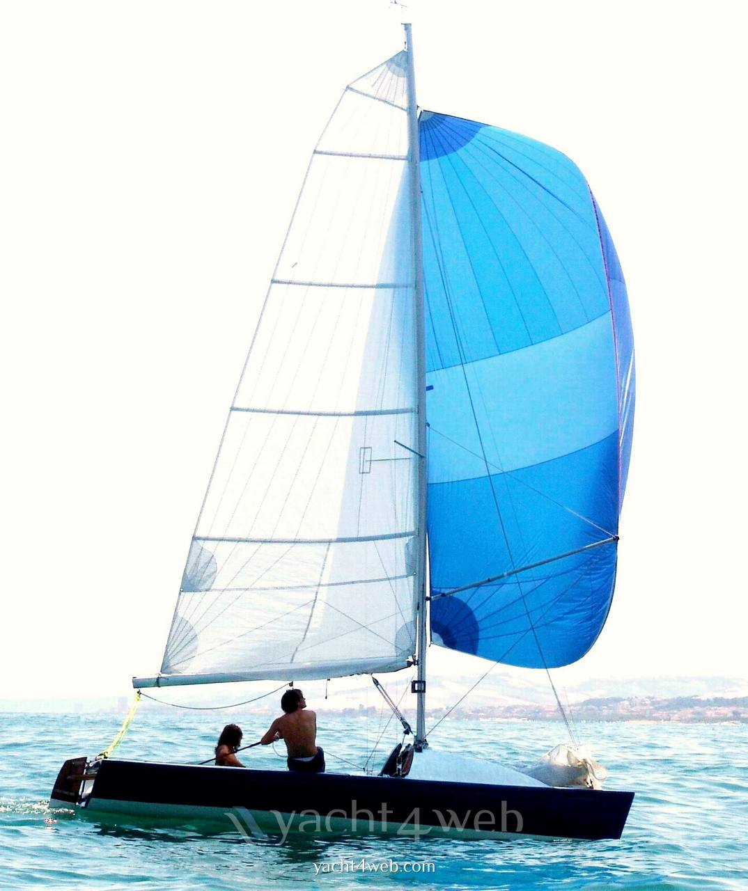 Mastro-d-ascia Spectre 20 day sailer Sailing boat used for sale