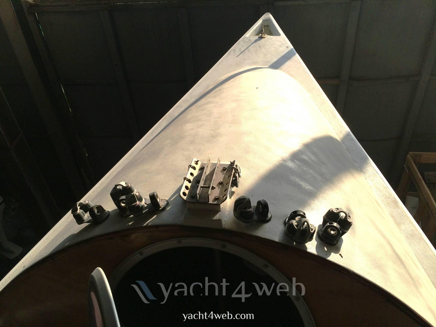 Mastro-d-ascia Spectre 20 day sailer Daysailers used
