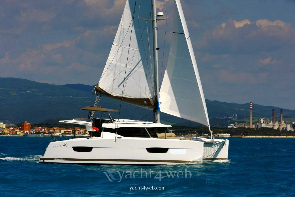 Fountaine pajot Lucia 40 双体船