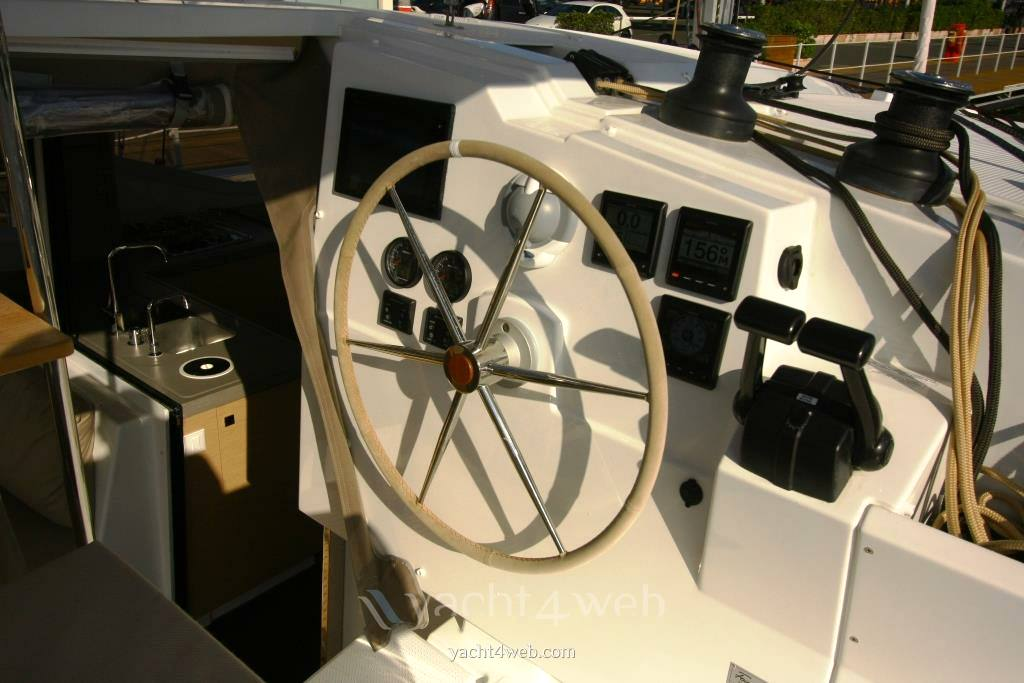 Fountaine pajot Lucia 40 照片