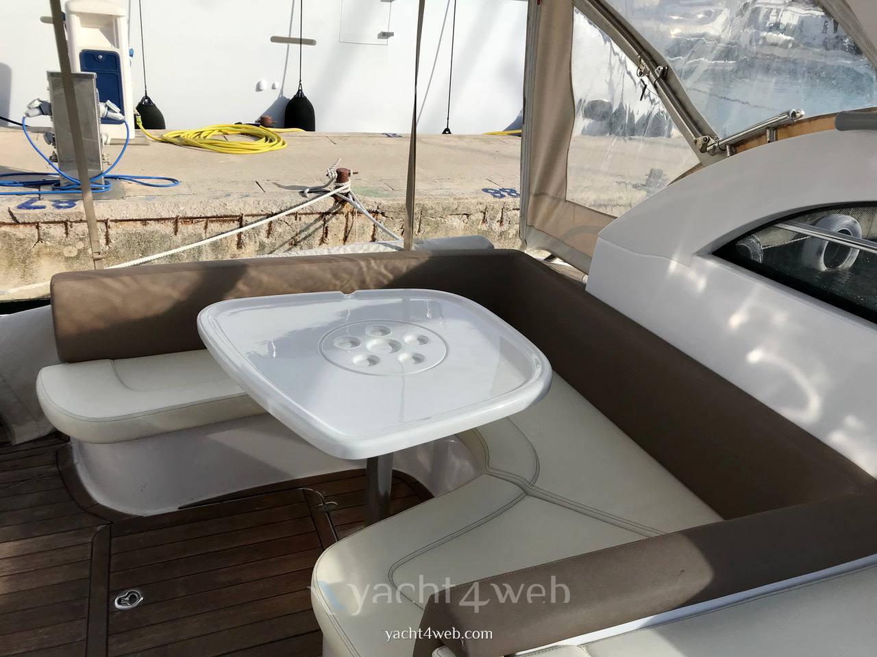SESSA C 32 motor boat