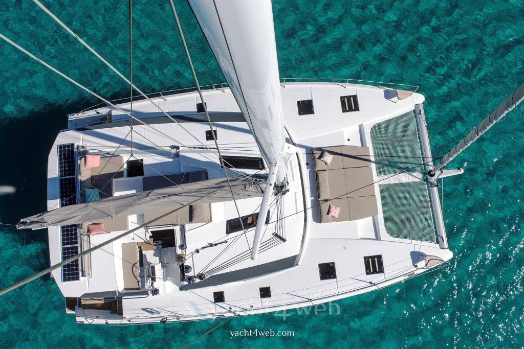 Fountaine Pajot Saona 47 Barca a vela usata in vendita
