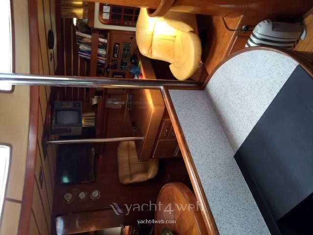 Young Sun Yacht Tayana surprise 45 Парусная лодка используется для продажи