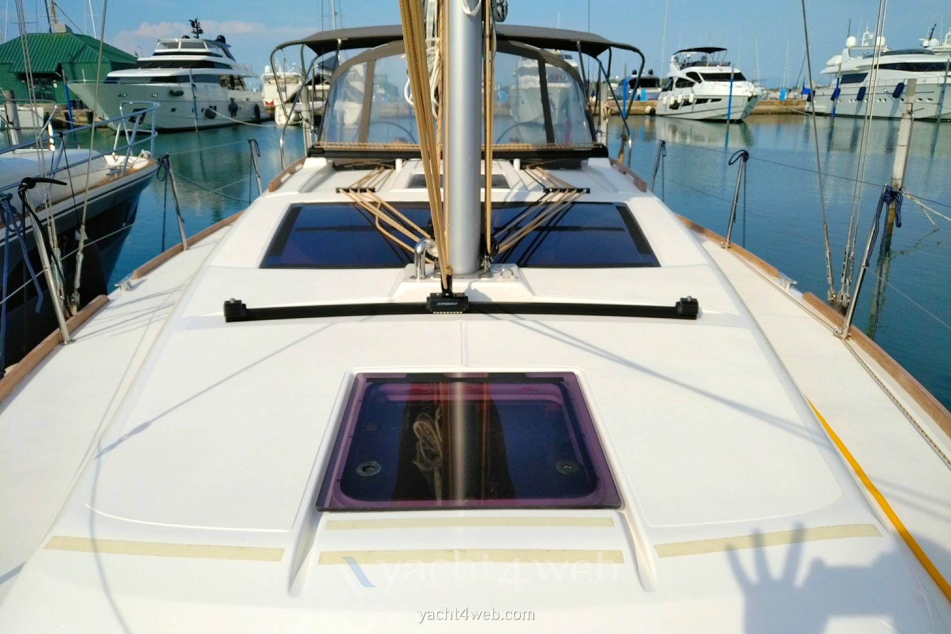 Dufour Yachts 382 grand large Парусная лодка