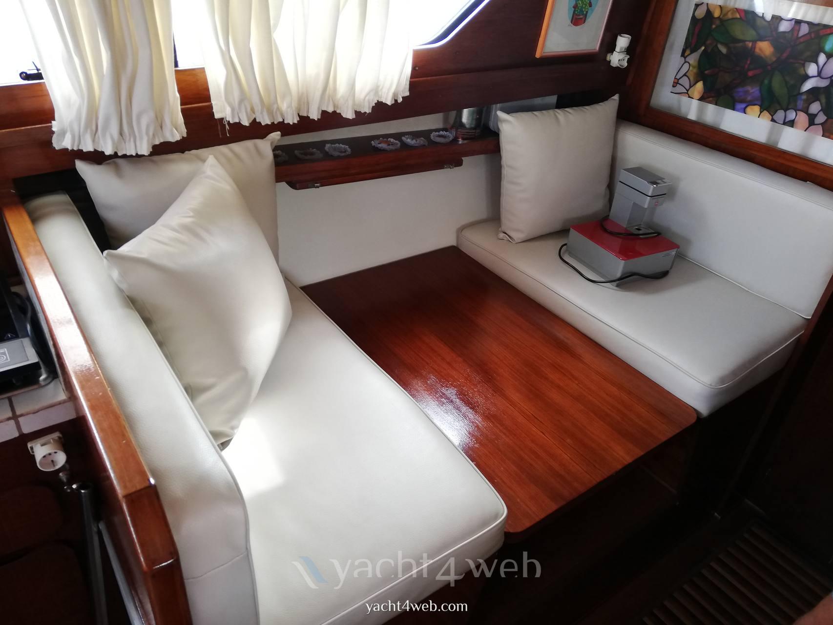 Chris-Craft Express 30 Barca a motore usata in vendita