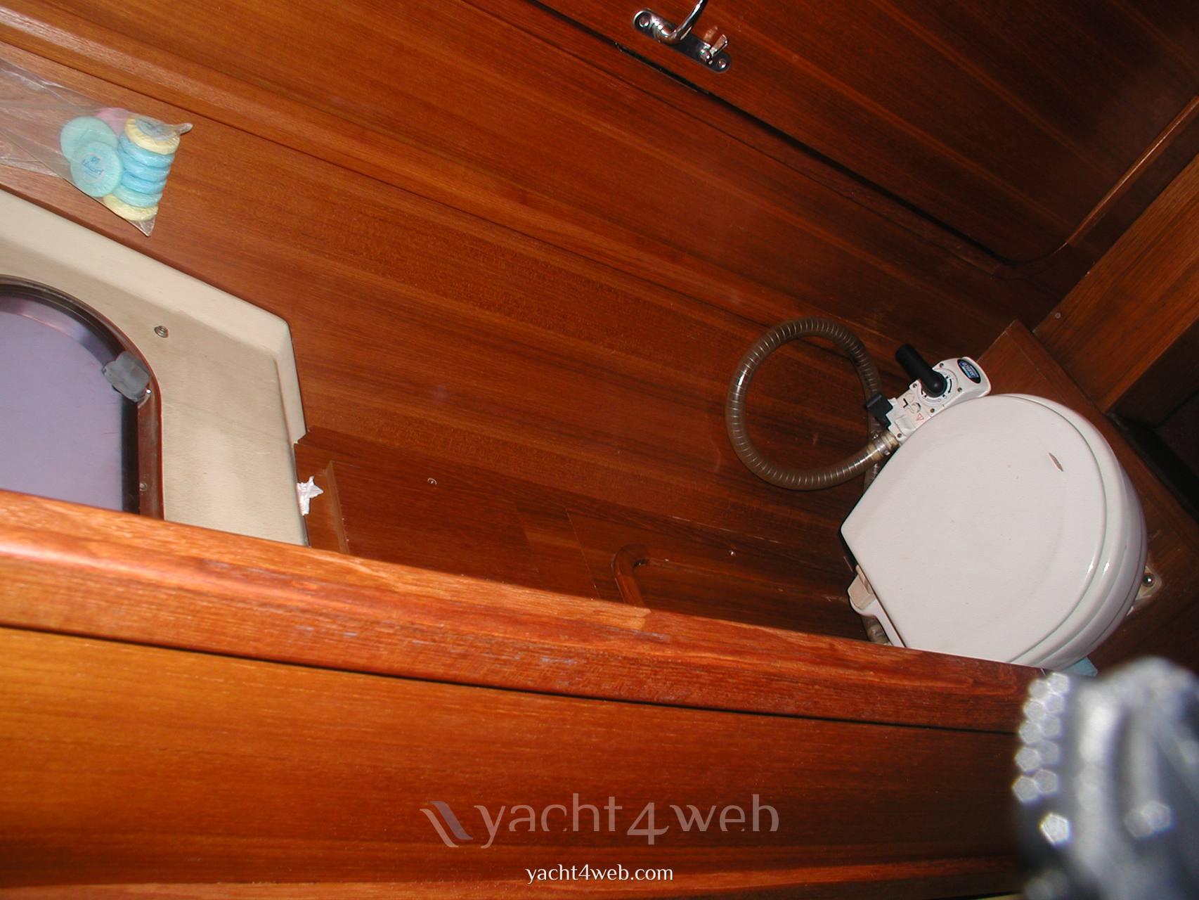 J Boats J48 Cruiser
