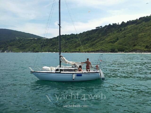 Comar Comet 701 Barca a motore usata in vendita