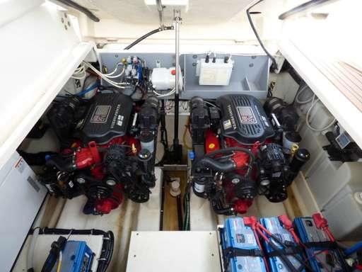 Monterey Monterey 355 sport yacht