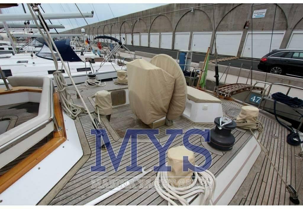 Lagoon Royal yachts pilot saloon 65