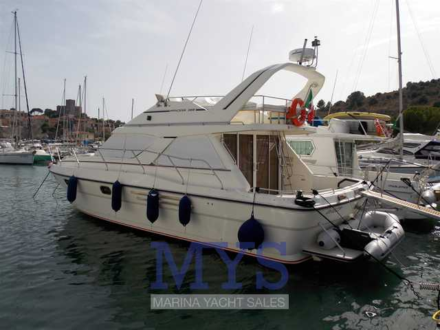 Princess Yachts 388