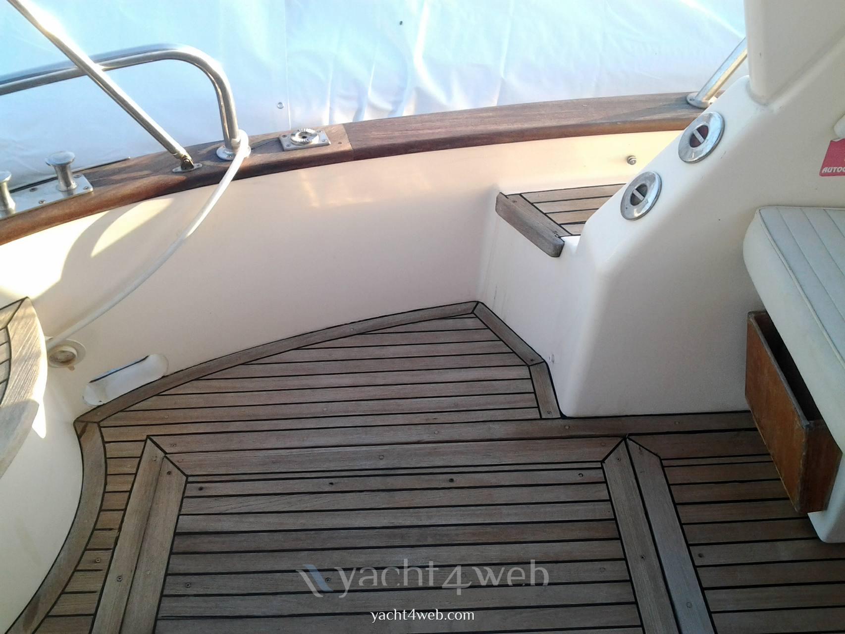 APREA MARE 750 cabin barca a motore