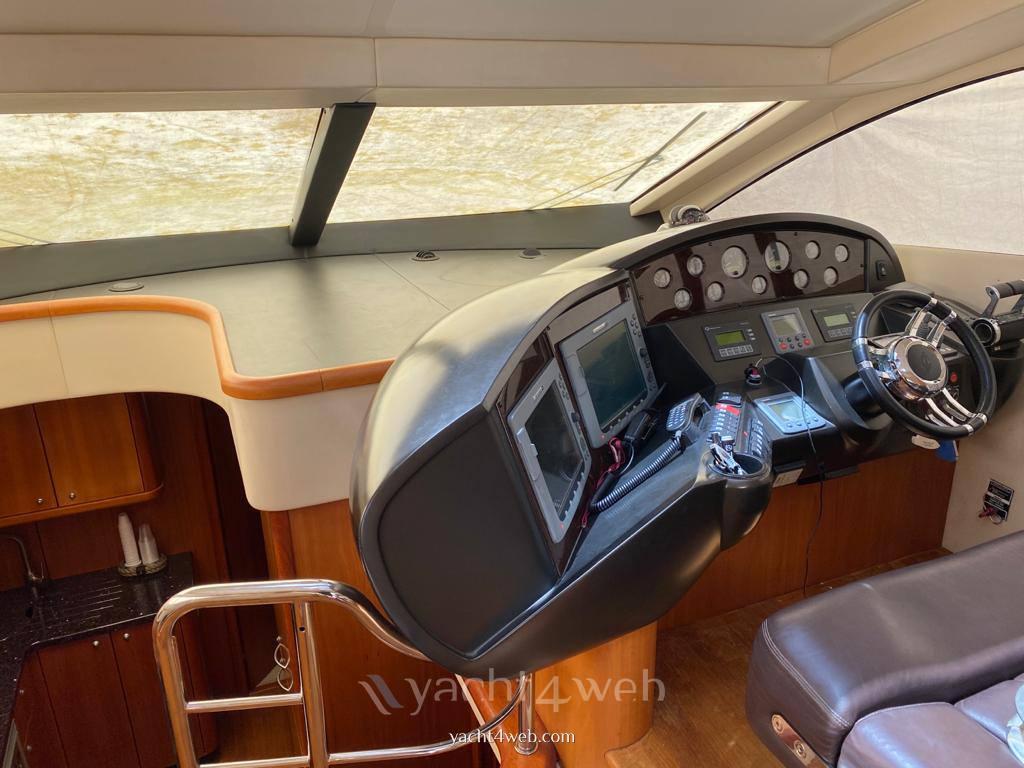 Sunseeker Predator 52' ht Motorboot