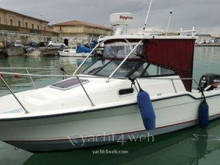 Bayliner 2302 trophy