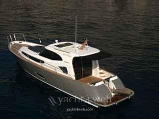 Monachus boat Issa 45' ht