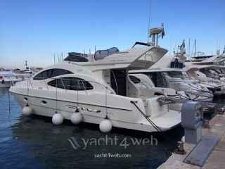 Azimut Yachts 42 fly