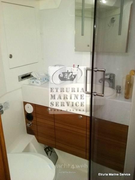 Delphia 47 - Foto Serviço de higiene 1