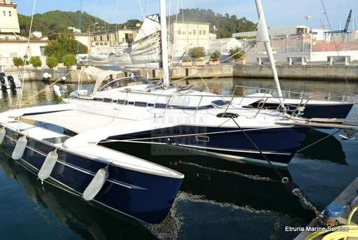 Photographs and images Dragonfly  Photo research boats and