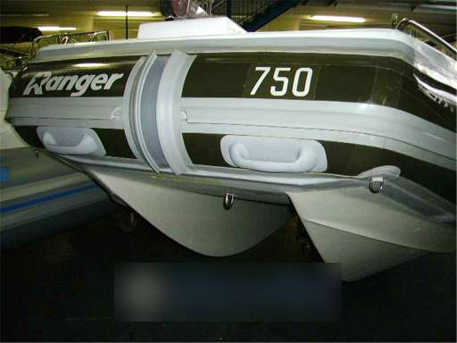 Prestige Prestige Ranger 750 catamarano seconda serie