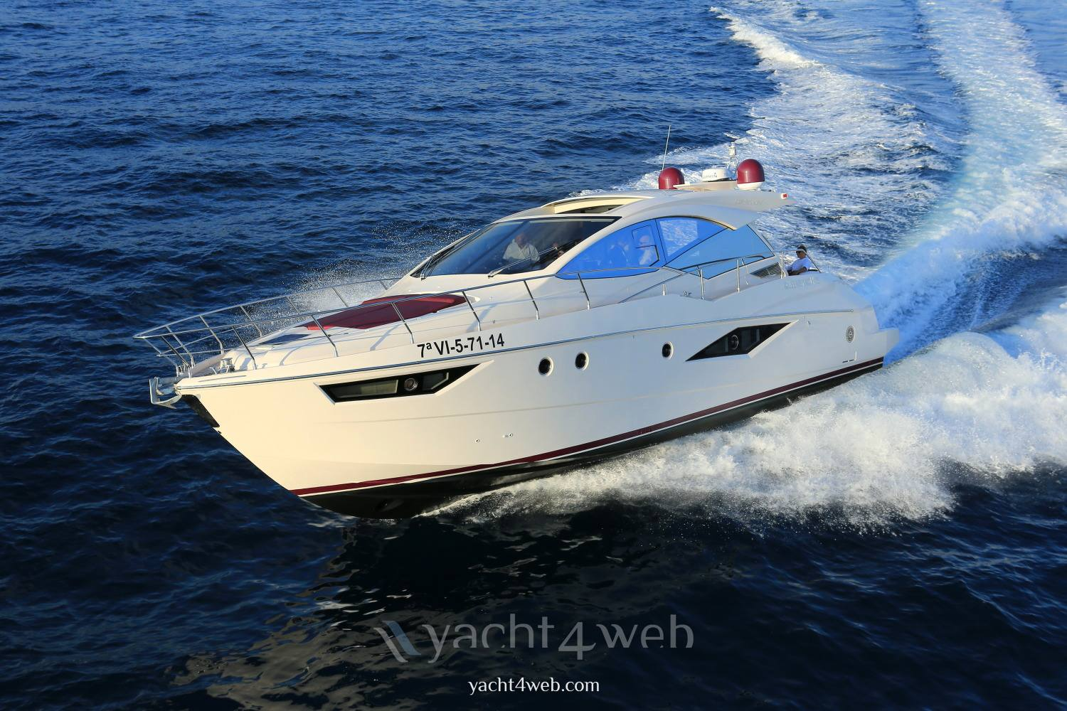 Queens yachts Queens 50 hard top new 机动船