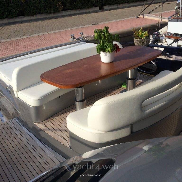 BLU MARTIN S.t. 58 Motor Yacht Planante usato