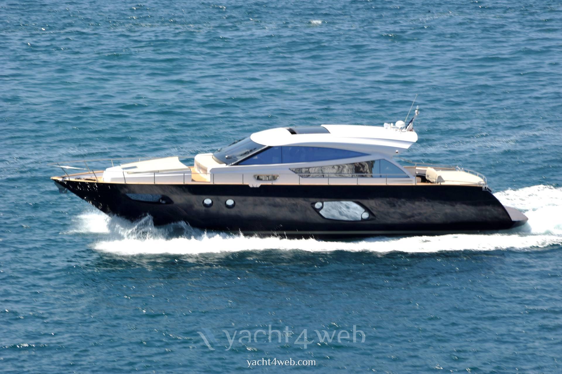 CAYMAN YACHTS 57 Barca a motore usata in vendita