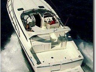 Riviera Marine 4000 offshore