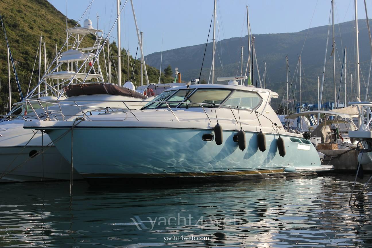 Tiara yachts 4300 sovran 2008