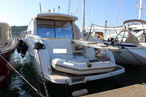 Airon marine Airon marine 4300 ( IPS 600 - 3 cabine)