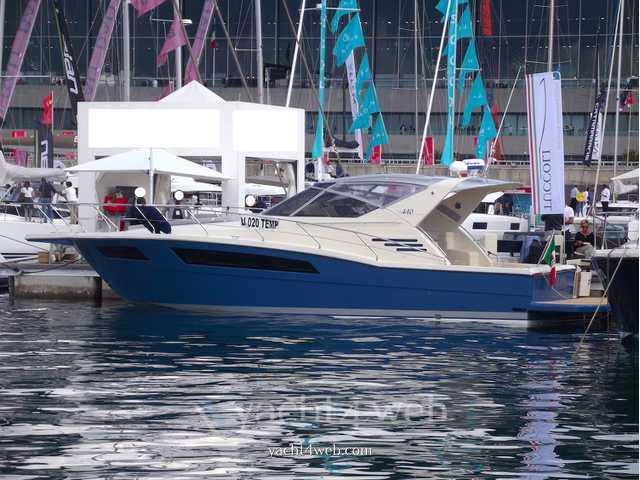 Tuccoli T 440 ht ( 3 cabine )