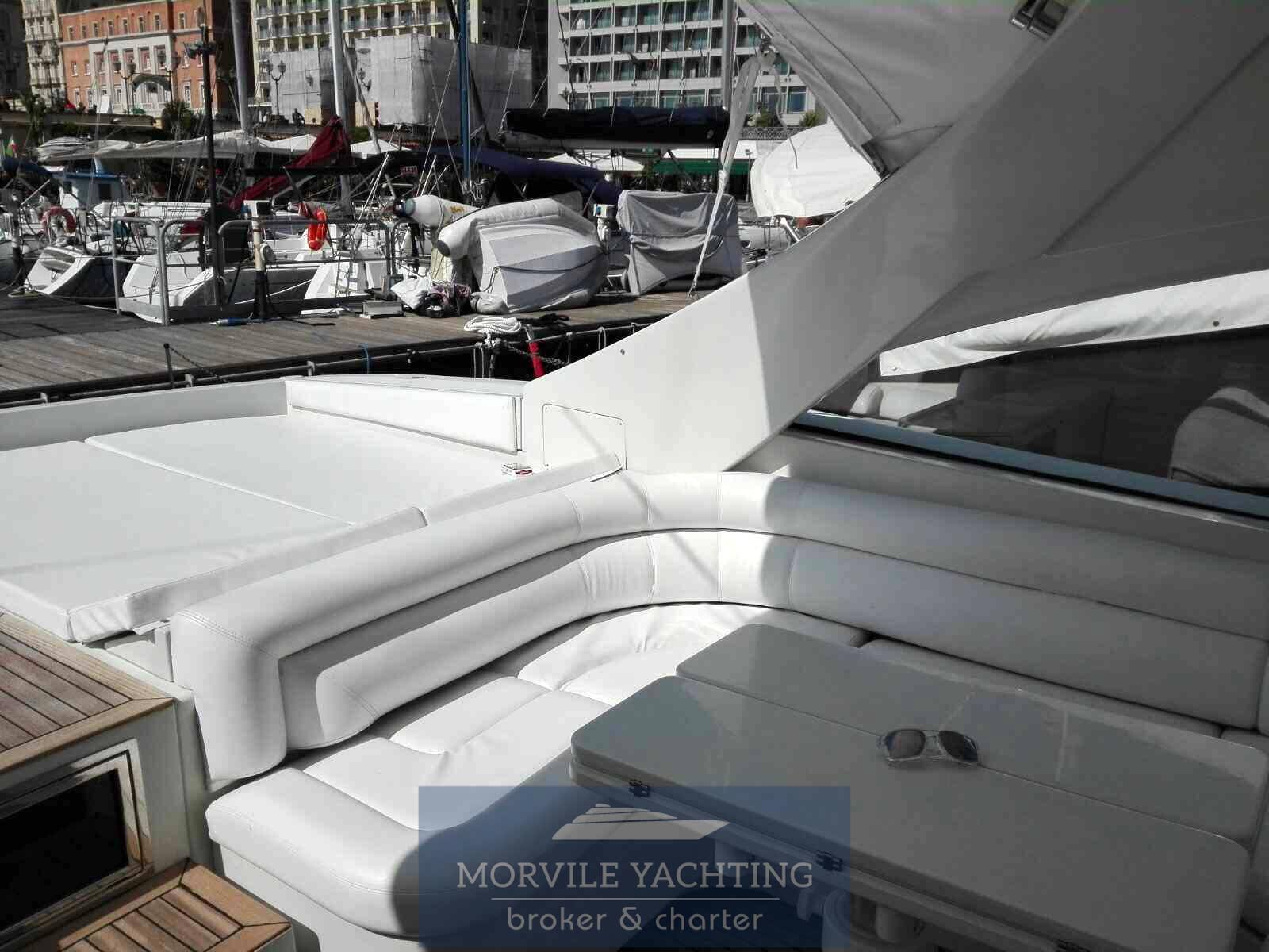 Pershing 54 bateau à moteur