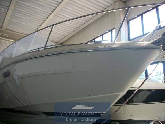 Fiart mare 32' genius Motor boat used for sale