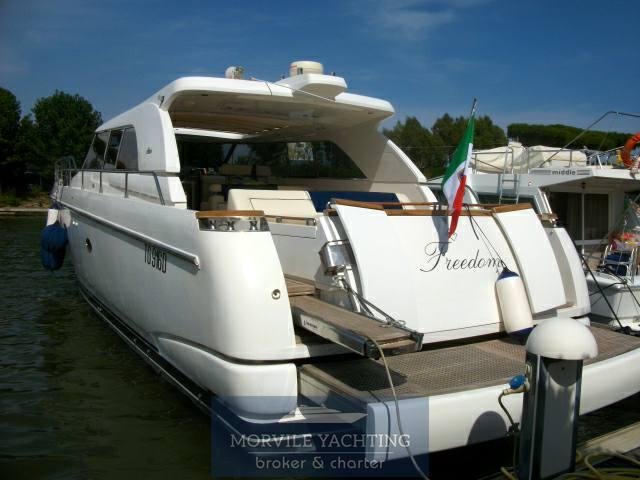 Ilver 58 Barca a motore charter