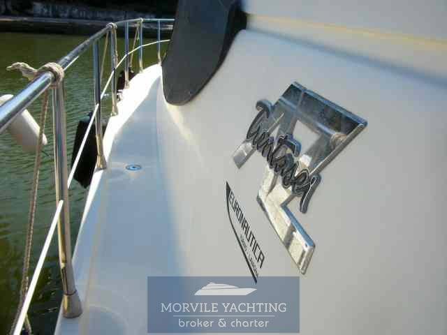 Azimut 36 motor boat