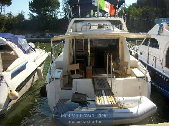 Azimut 36 Motor boat used for sale