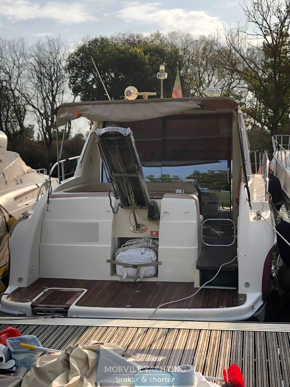 Airon Marine 4300 t-top Motor boat used for sale