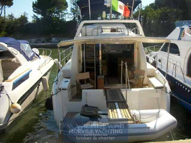 Azimut 36 Motor boat charter