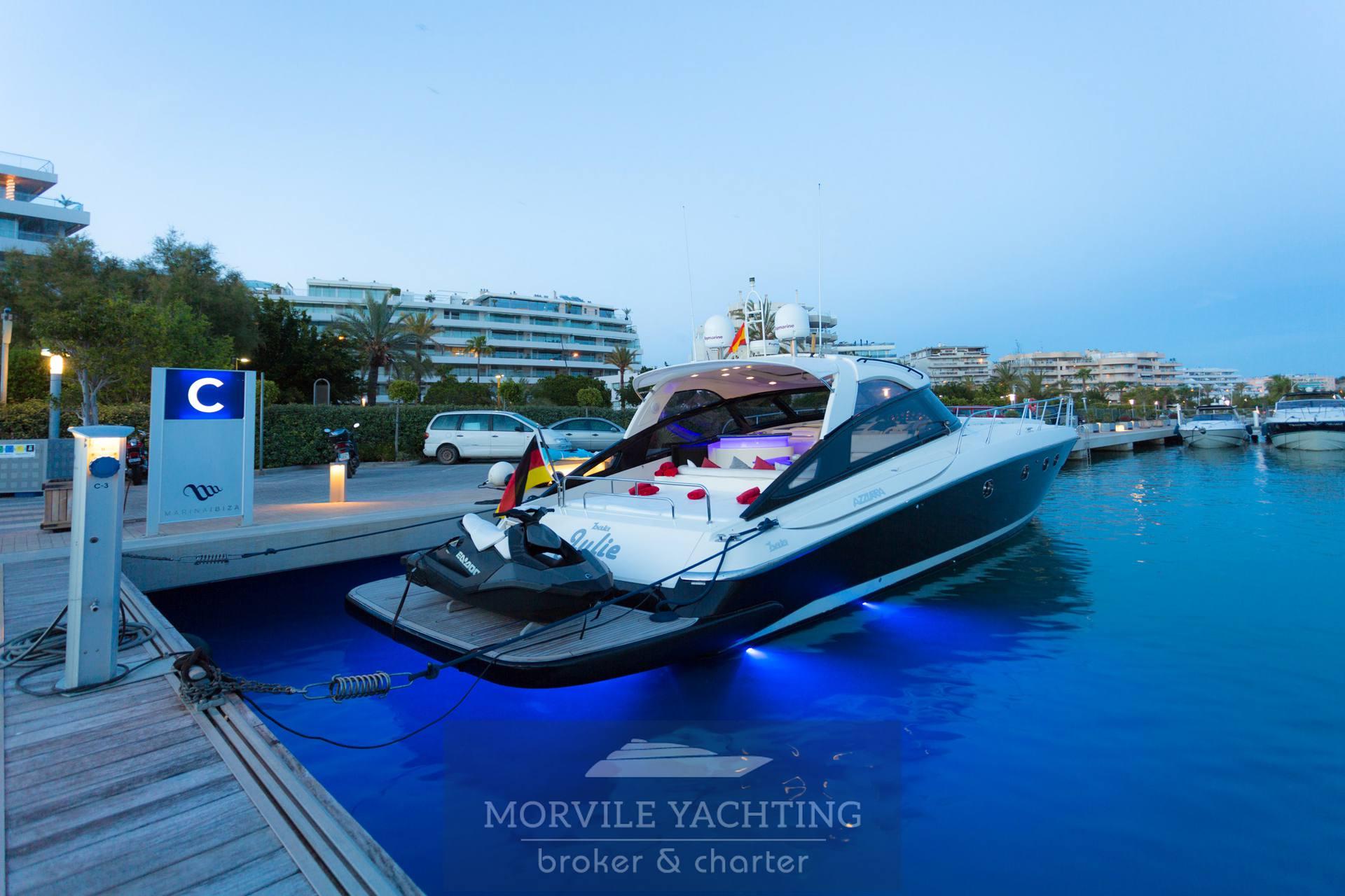 Cantiere di Baia Azzura 63 Моторная лодка используется для продажи