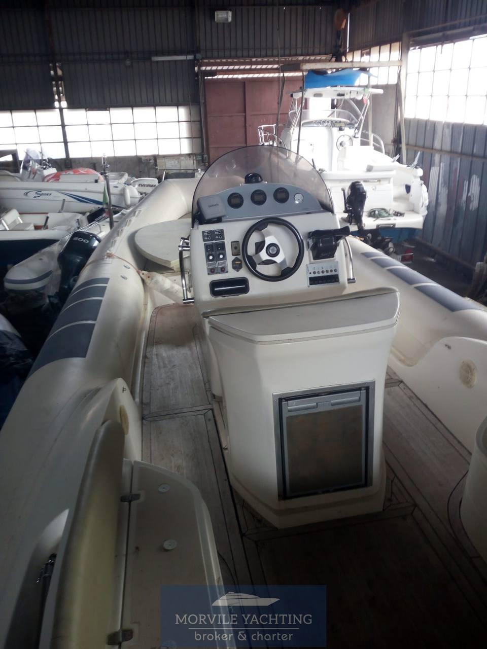 Fire wake boat Elite 100 0