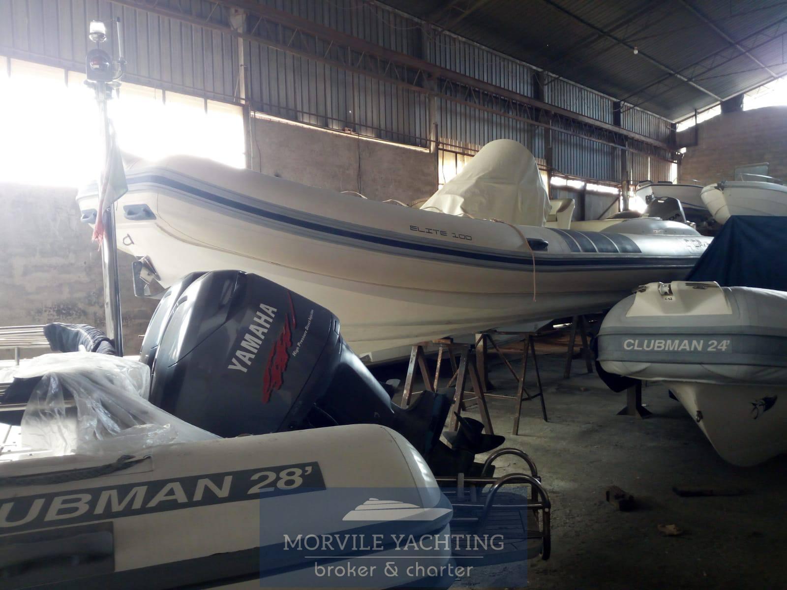 Fire wake boat Elite 100 Gommone