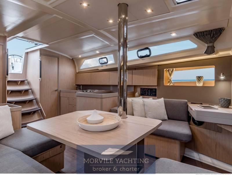 Beneteau Océanis 41.1 sailing boat