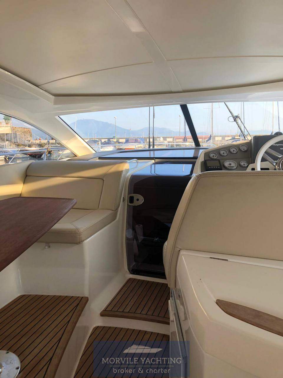 Jeanneau Prestige 42 s barca a motore