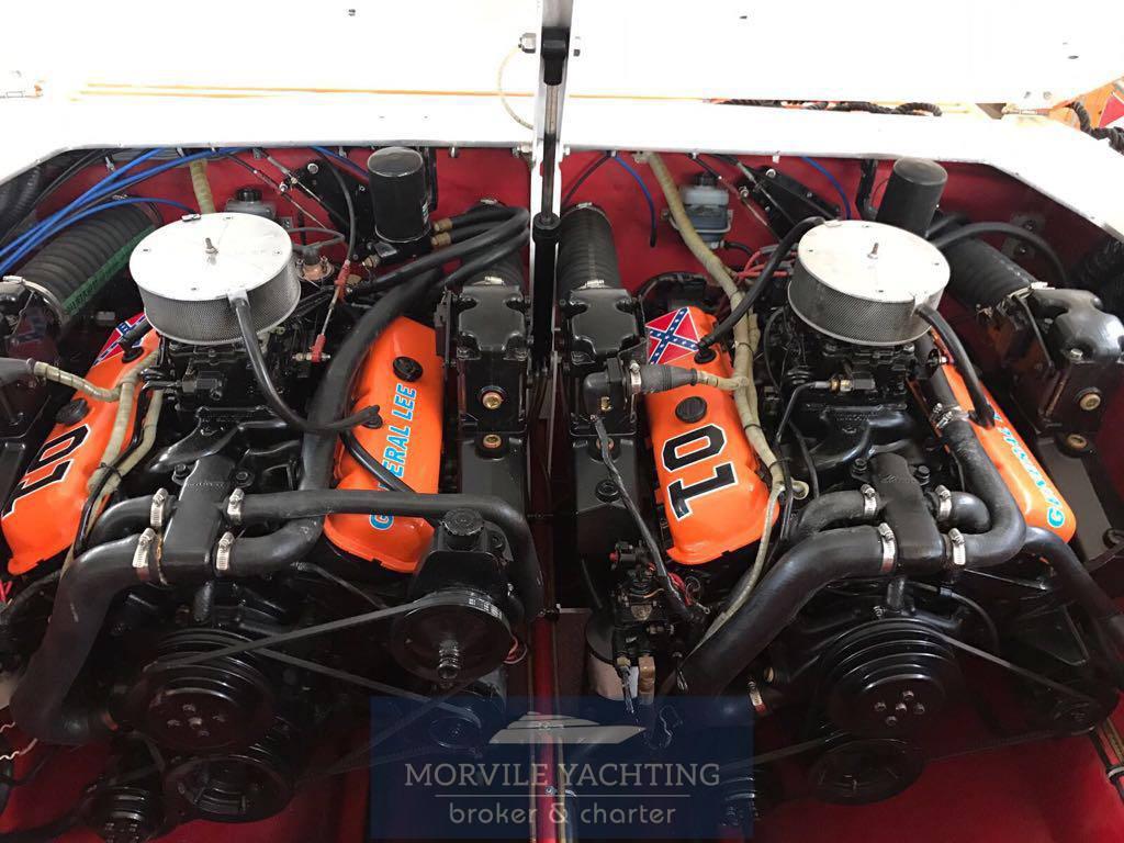 CIGARETTE Cafe racer 35 Racing/High Performance