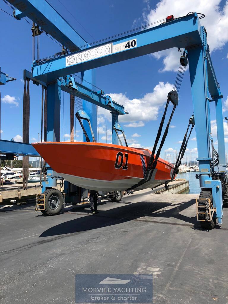 CIGARETTE Cafe racer 35 Motor boat used for sale