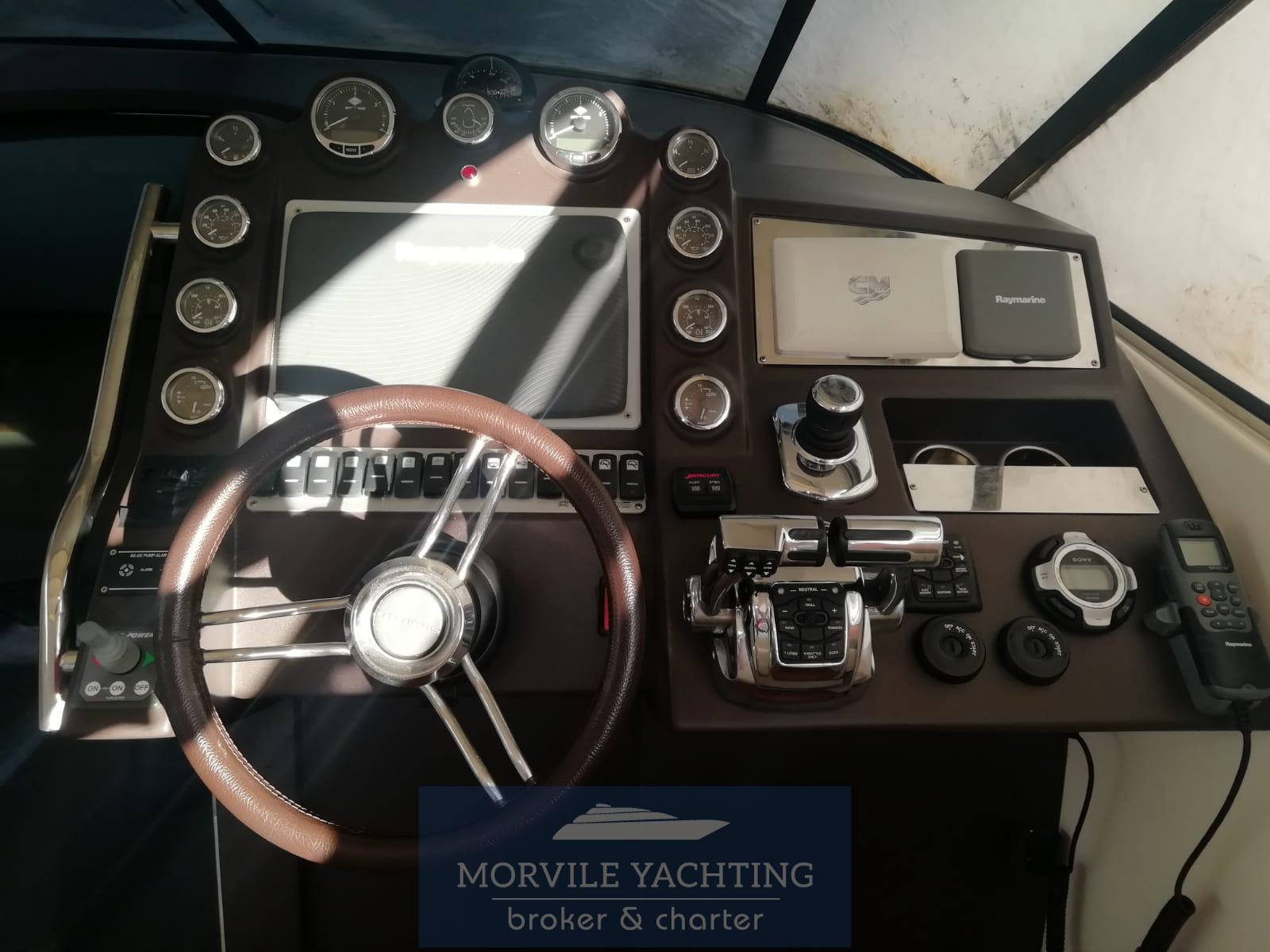 AZIMUT Atlantis 40 Motorboot