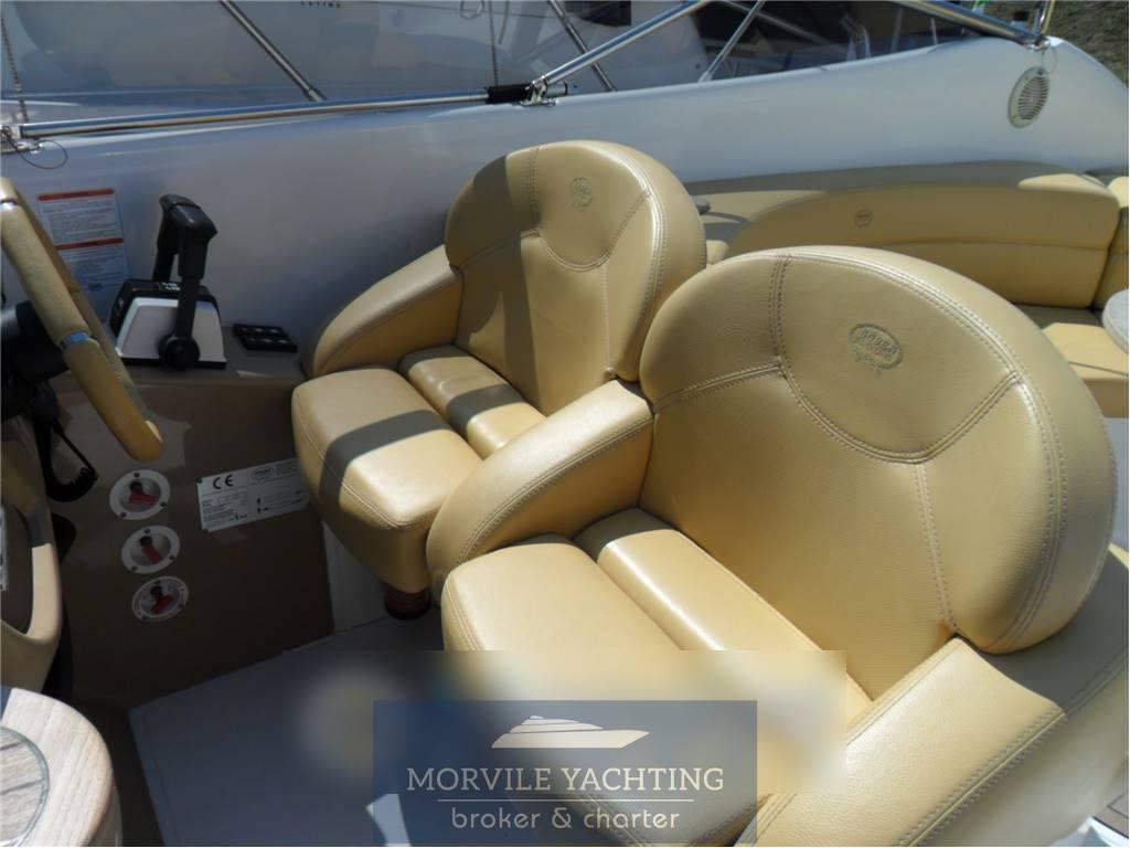 Sessa marine S 32 motor boat